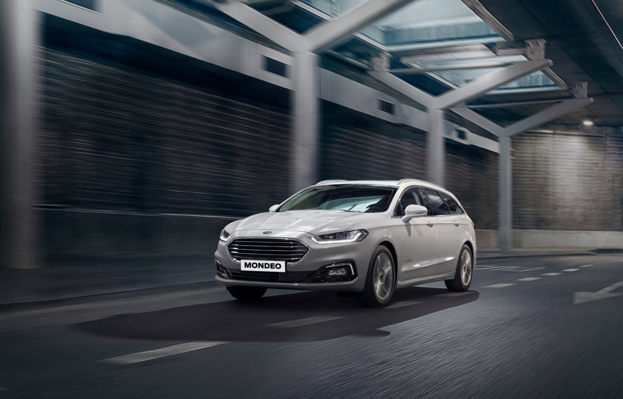 Nouvelle Ford Mondeo Hybrid LuxMotor