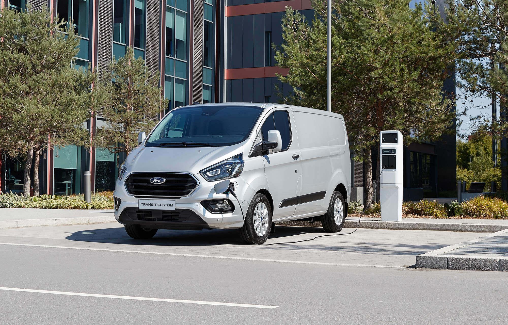 Nouveau Ford Transit Custom Plug-In Hybrid