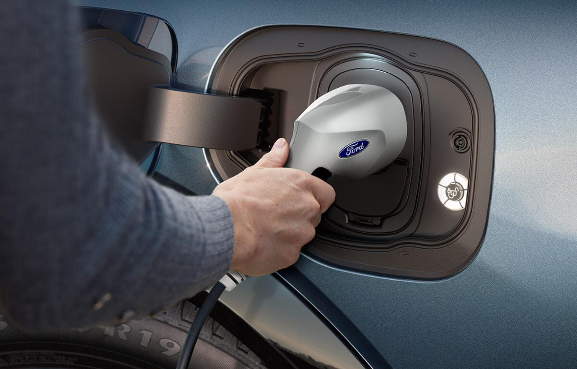 Chargement électrique véhicule Ford