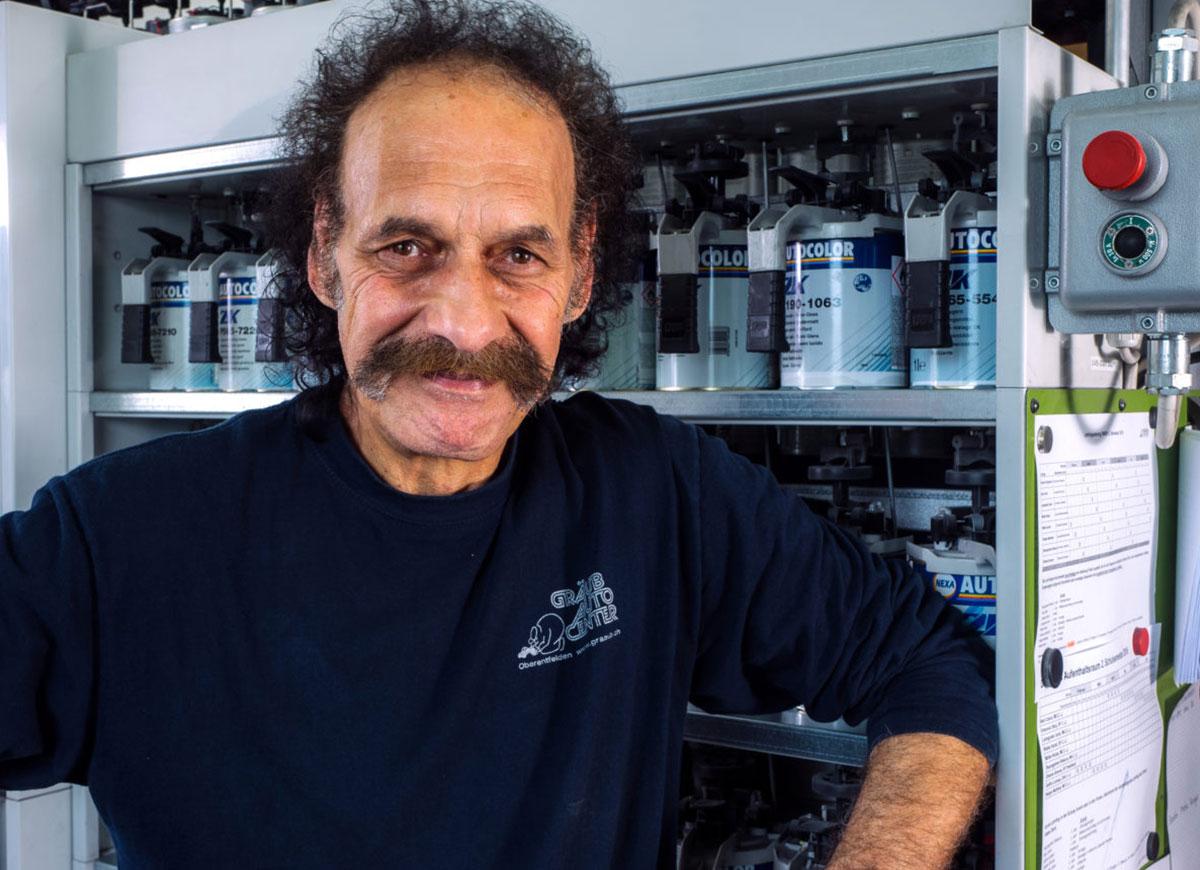 Vito Buffa, Autolackierer