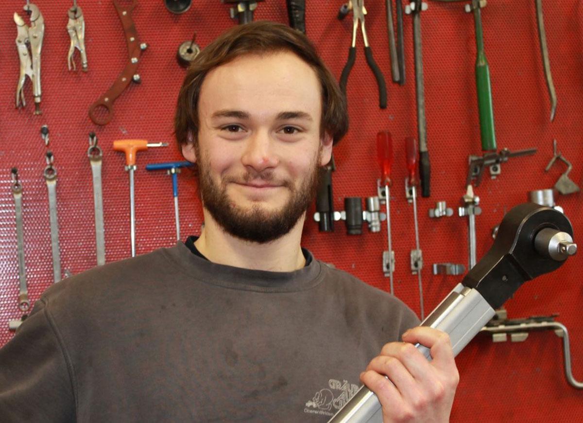 Jens Sommerhalder, Automechaniker