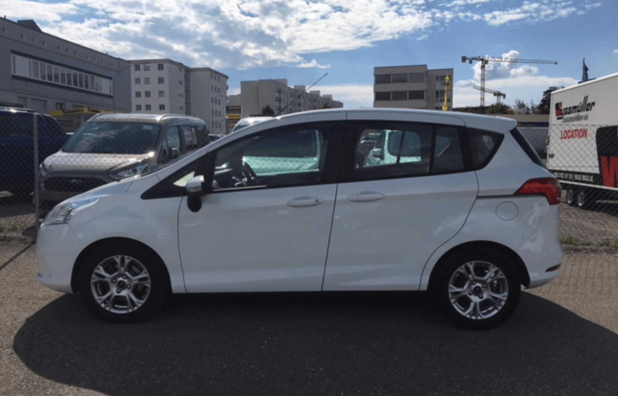 Ford B-Max manuelle 1.0SCTi - 5 portes / 5 places