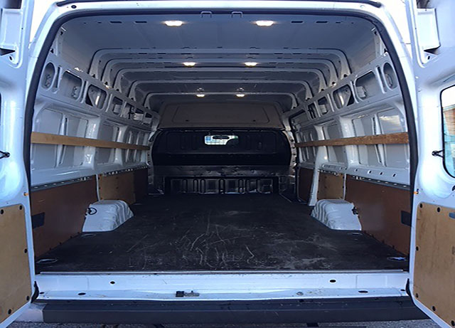 Ford Transit 14mᵌ manuelle 2.2TDCi (permis B)