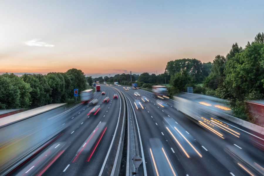 Zunehmender Verkehr macht Emissionsprüfung weiterhin notwendig