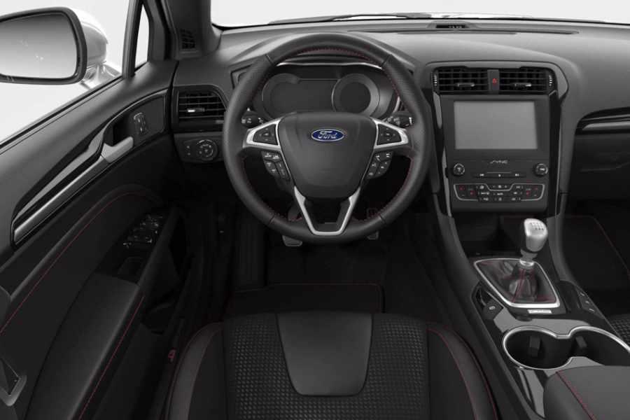 Ford Mondeo Lenkrad und Amaturenbrett