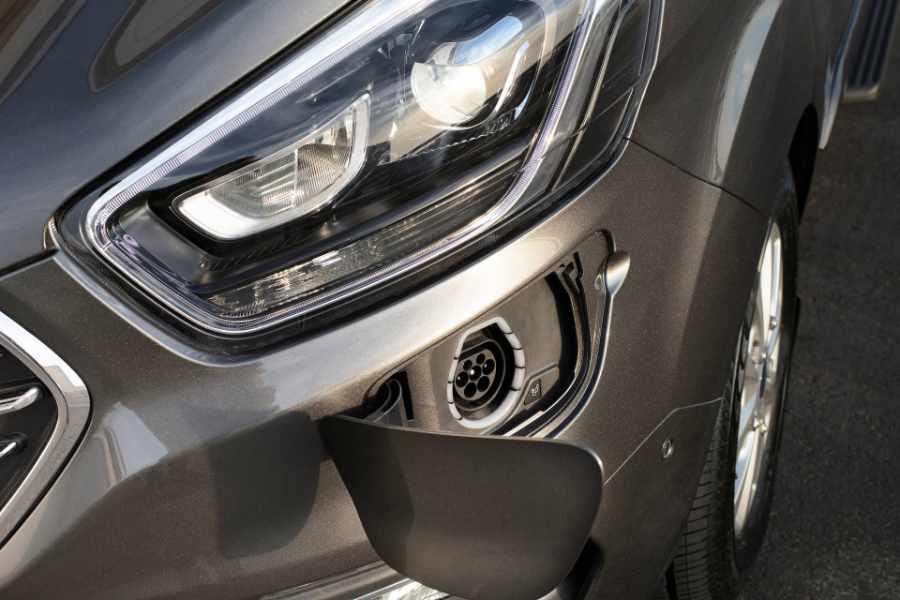 Ford Tourneo Custom Plug In Hybrid Ladebuchse