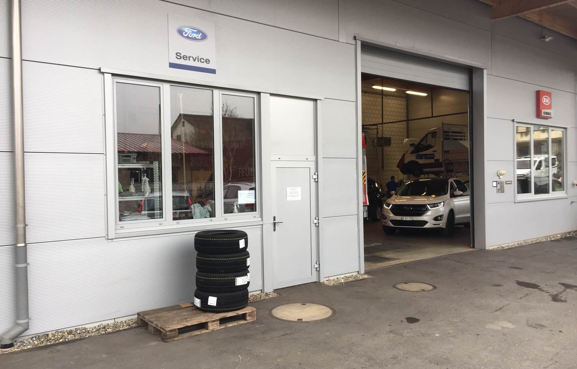 Heckansicht Werkstatt Moos-Garage AG