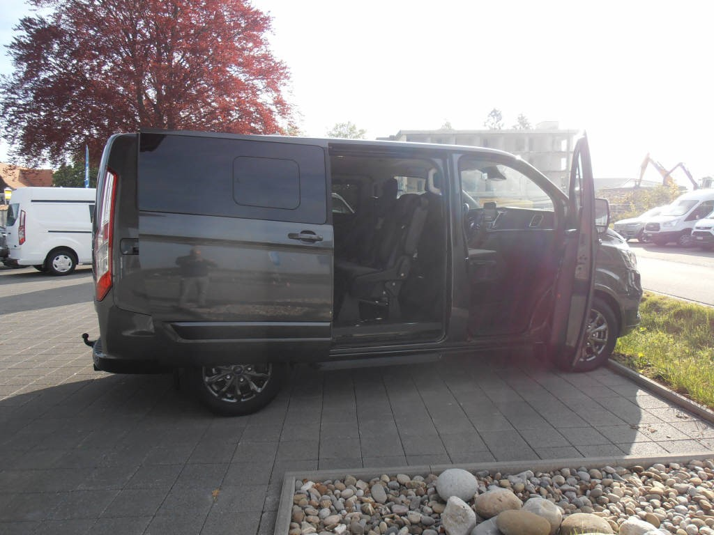 Ford Tourneo Custom Bus 310L1 2.0 TDCi 170 Tit. Auto Center AG Worben