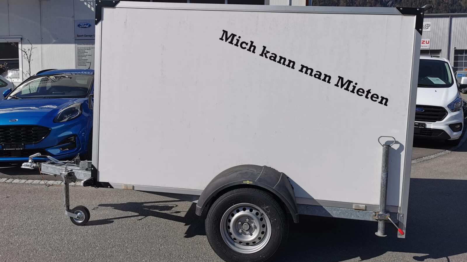 KASTENANHÄNGER src=
