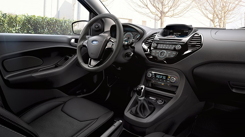 Ford KA Innenansicht Cockpit