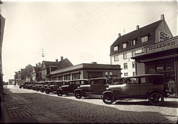 Hillerød Motor Co. - Danmarks ældste bilforretning siden 1920