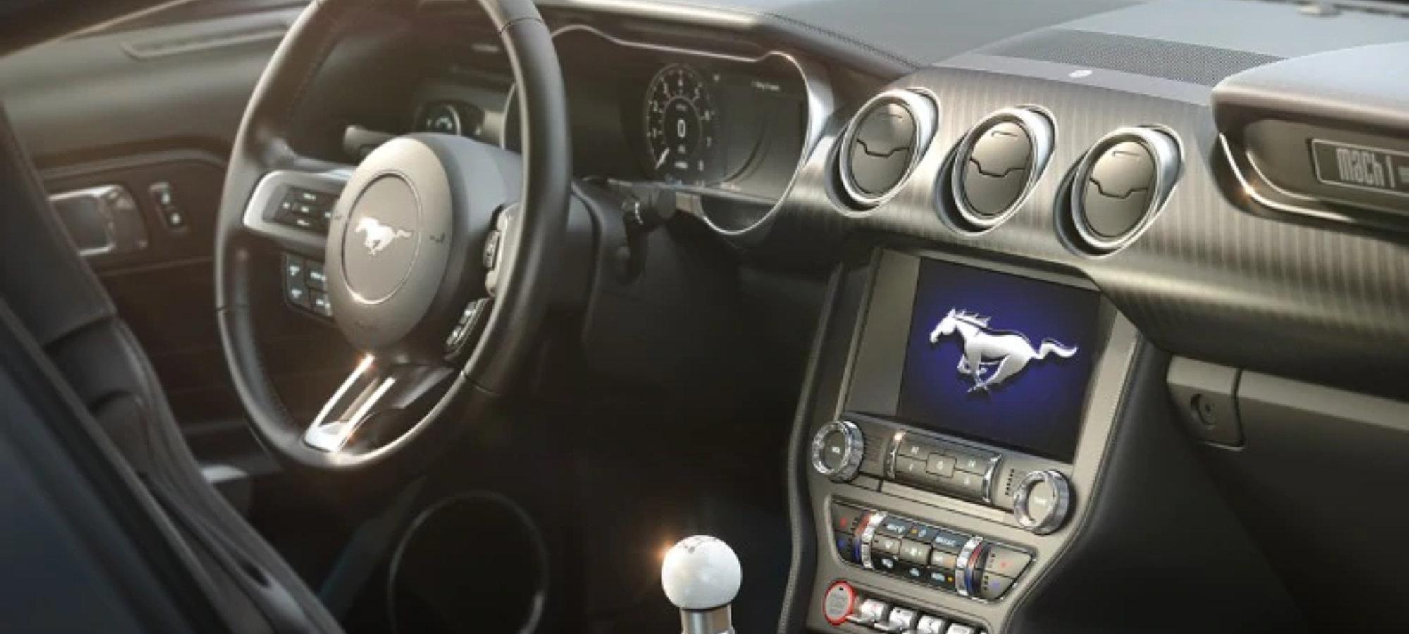 Mustang Mach 1 indvendig