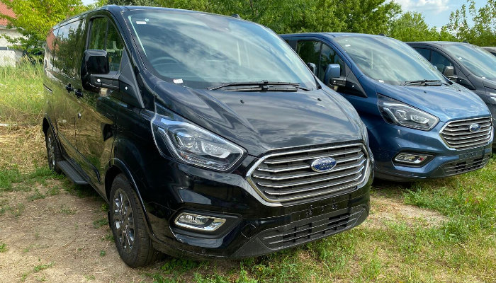 FORD Tourneo Minibusz ajánlat