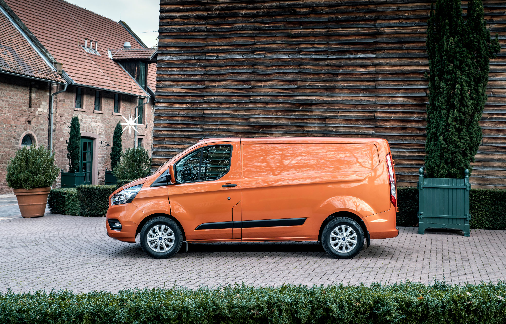 Ford Transit Custom at Finlay Ford