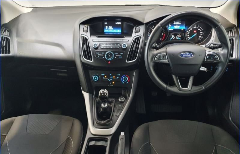 Ford Focus Zetec 1