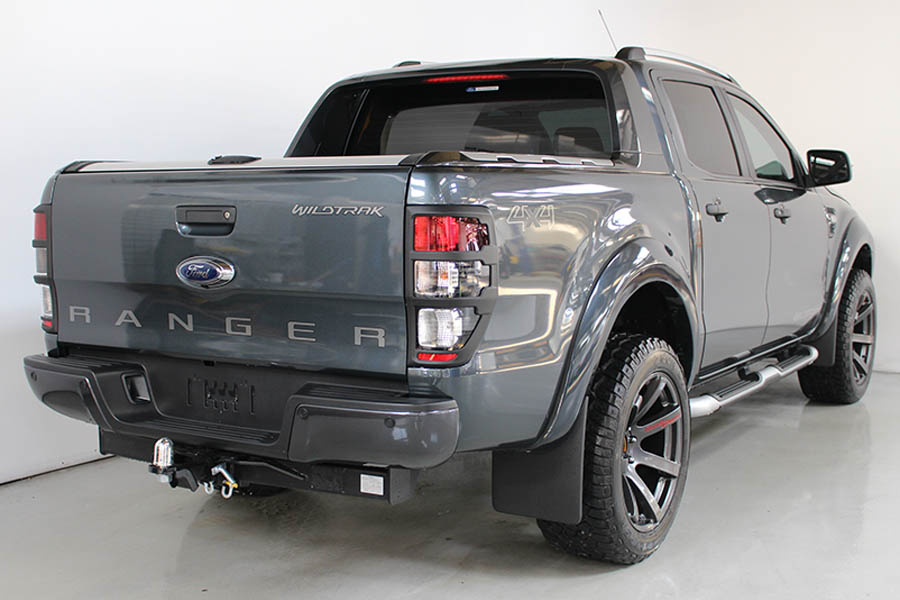 Ford Ranger Metro Grey 137