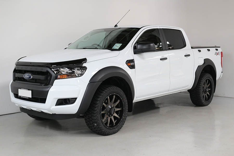 Ford Ranger Frozen White 157