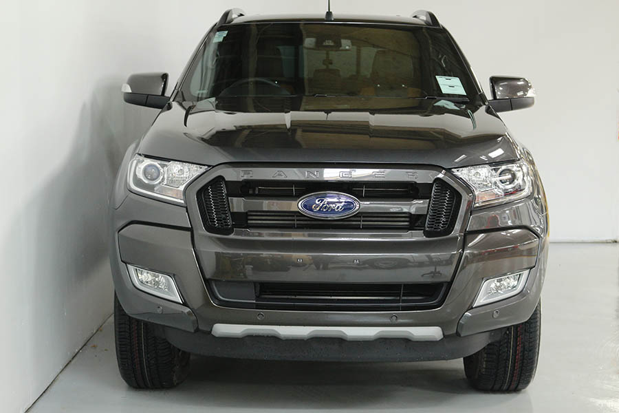 Team Hutchinson Ford Ranger Magnetic 203
