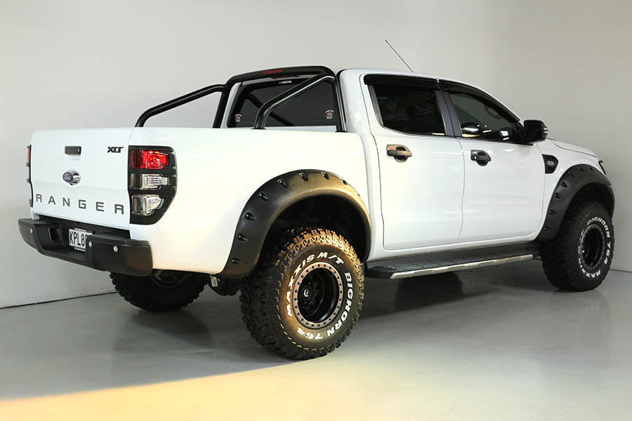 Team Hutchinson Ford Ranger Frozen White 222