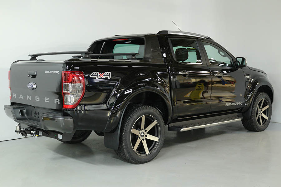 Team Hutchinson Ford Ranger Shadow Black 227