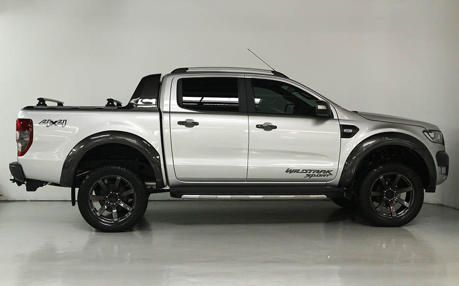 Team Hutchinson Ford Ranger Wildtrak Sport 239