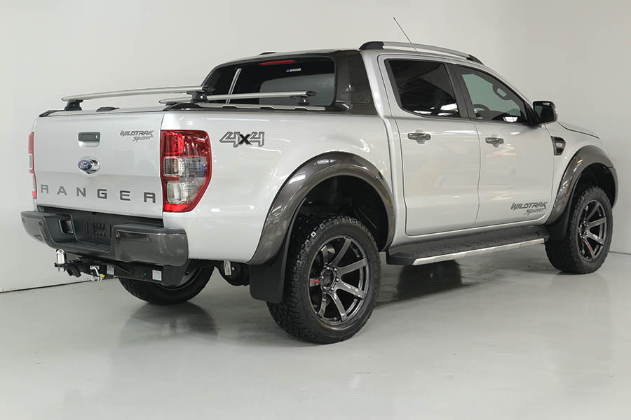 Team Hutchinson Ford Ranger Wildtrak Sport 242