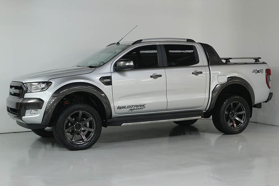 Team Hutchinson Ford Ranger Wildtrak Sport 244