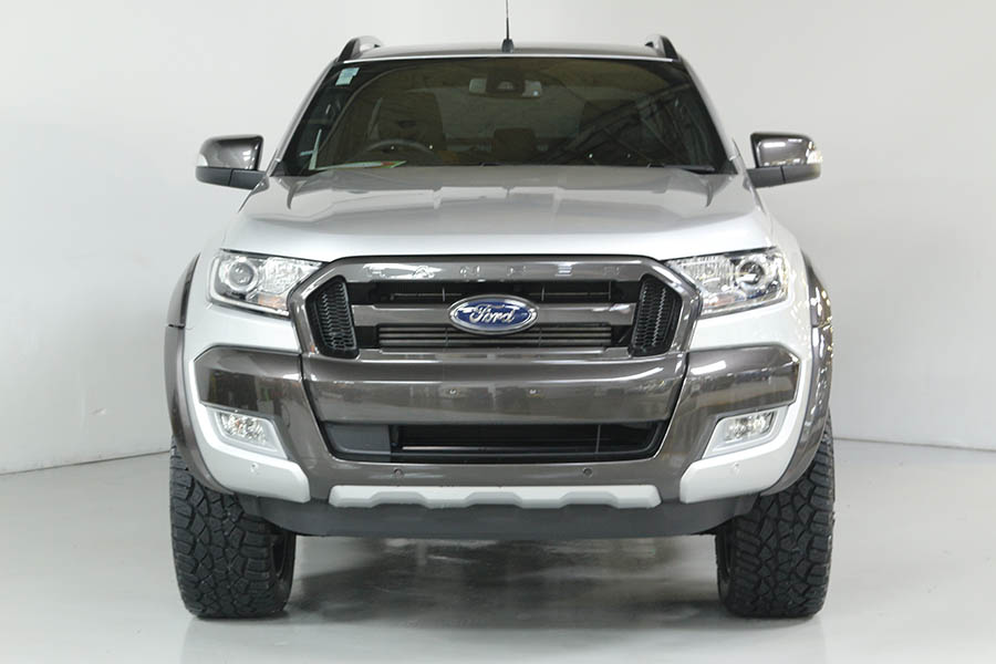 Team Hutchinson Ford Ranger Wildtrak Sport 245