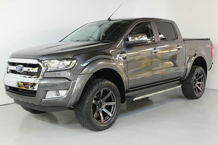 Team Hutchinson Ford Ranger Magnetic 257