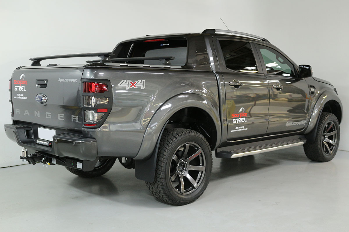 Team Hutchinson Ford Ranger Wildtrak Magnetic 272