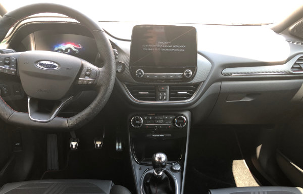 Ford Puma - kierownica