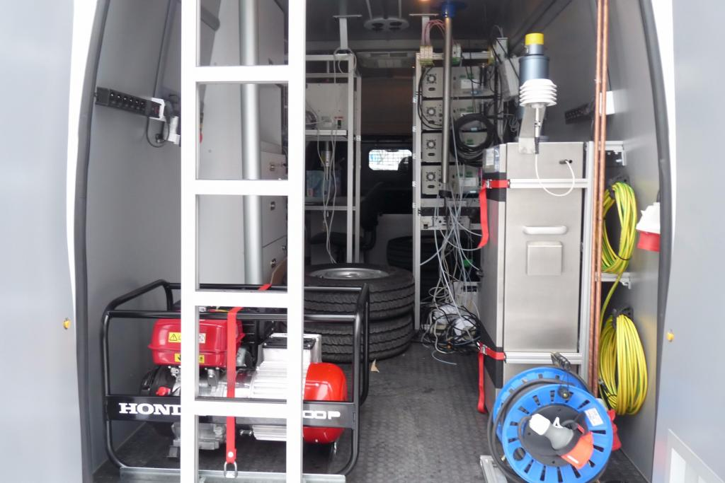 FORD Transit LAB