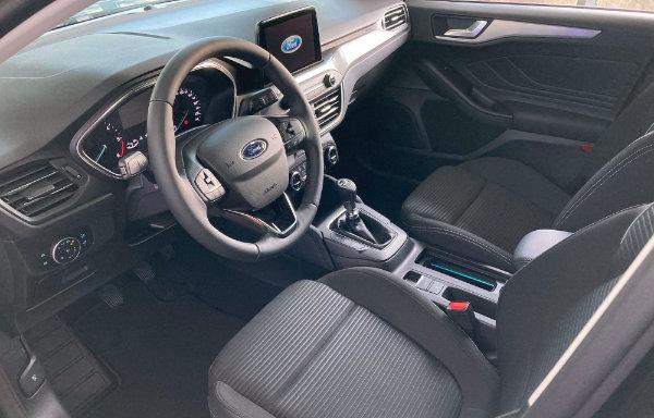 Ford Focus Titanium - wnętrze (Bielsko-Biała)