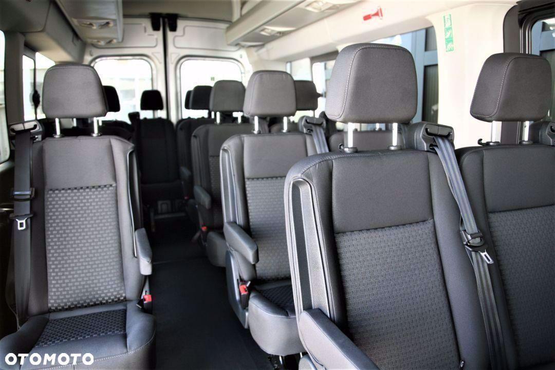 Ford Transit Autobus