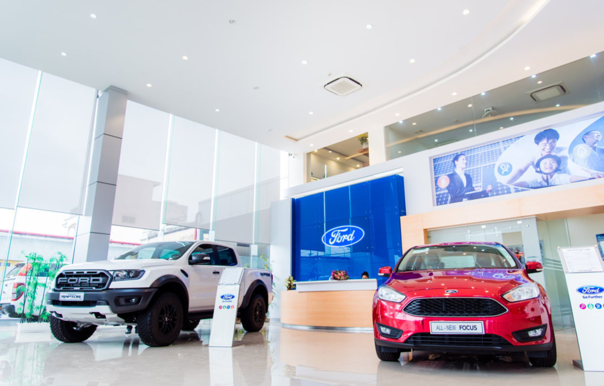 showroom-haiphong-ford